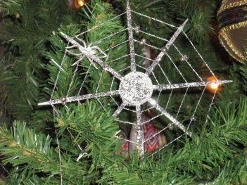 Christmas_spider_ornaments_ukraine